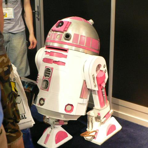 breast-cancer-awareness-r2d2.JPG